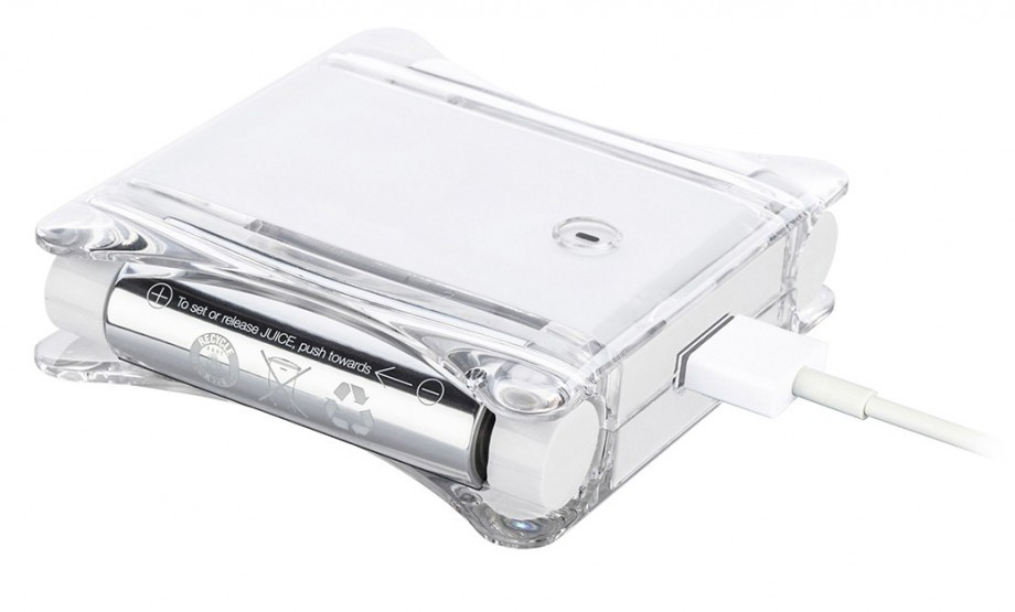 iPhoneも電池もコンセントから充電できるモバイルバッテリー-スイッチ側画像